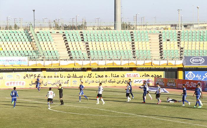 خوش و بش لاریجانی و علی دایی (تصاویر)