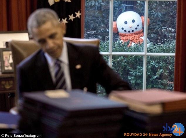 کارمندان کاخ سفید اوباما را با آدمبرفی غافلگیر کردند (تصاویر)