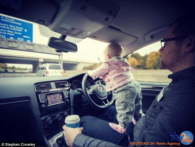 نوزاد 18 ماهه سوژه عکسهای وحشتناک پدر شد (تصاویر)