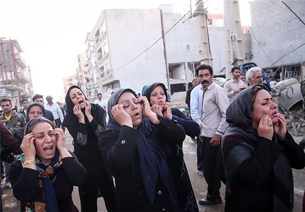 ۴۲۳ کشته و ۷۳۷۰ مجروح/ روحانی: تسلیت همه مردم ایران را به کرمانشاهیها ابلاغ میکنم/ تخریب صددرصدی ۱۲ هزار واحد مسکونی