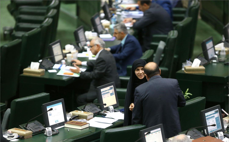گاهی تندروی، گاهی سکوت، ماجرای لکسوس، سفره انقلاب، فحاشی به نماینده زن تهران و حساب های قوه قضائیه
