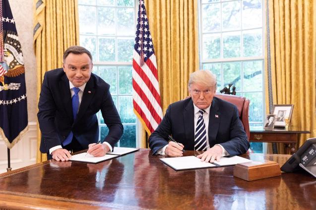 چرا لهستان میزبان نشست ضد ایرانی است؟
