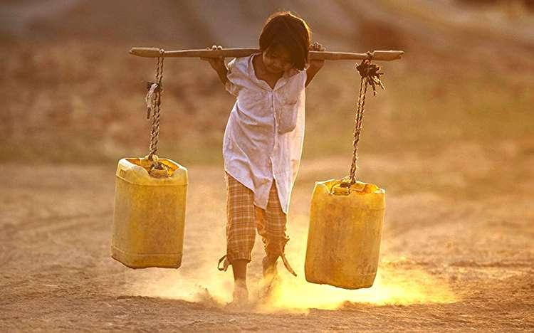 آب را هدر ندهیم