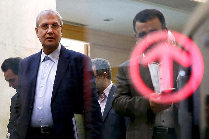 صعود و سقوط حزب همیشگی وزارت کار!/ با خروج ربیعی، نیروهای نزدیک به وزارت کار هم بیکار می شوند؟