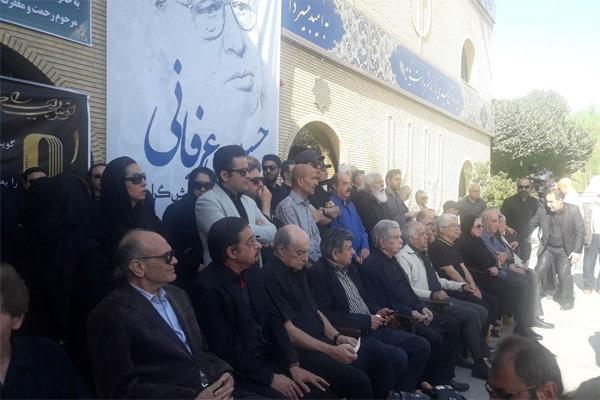 مراسم تشییع پیکر حسین عرفانی برگزار شد
