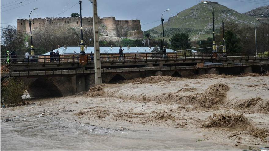 خوزستان و لرستان در انتظار بارشهای شدید