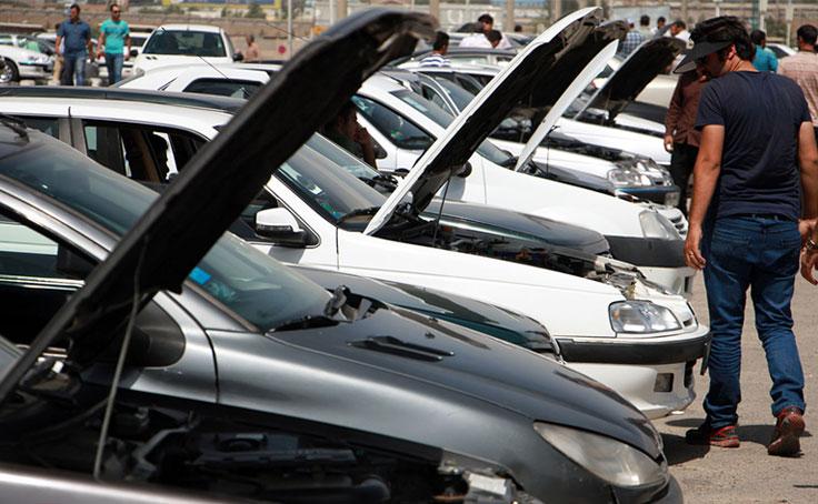 معامله در بازار خودرو قفل شد