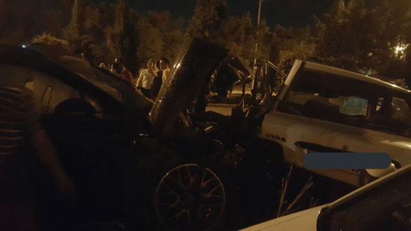 ماجرای خاصِ تصادف یک پورشه و پراید در اصفهان +فیلم و عکس