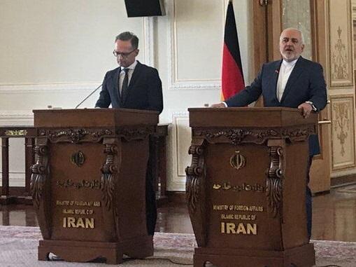 ظریف: جنگ اقتصادی آمریکا علیه ایران برای منطقه خطرناک است