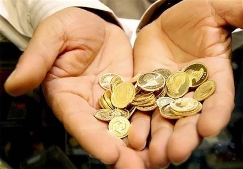 مالیات از خریداران سکه اجرا میشود/ یک نفر ۳۸ هزار سکه خریده است