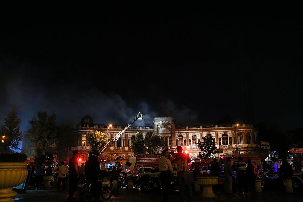 سوختن اسناد مهم در آتش سوزی میدان حسنآباد