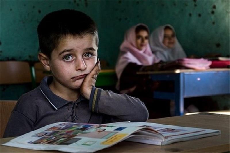پسرها بیشتر ترک تحصیل میکنند/ تحصیل دختران قربانی شرایط فرهنگی