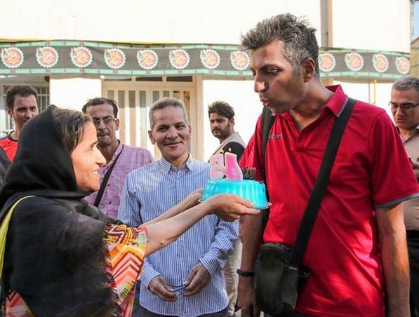 تولد سورپرایزی مردم برای عادل فردوسیپور در خیابان! +عکس