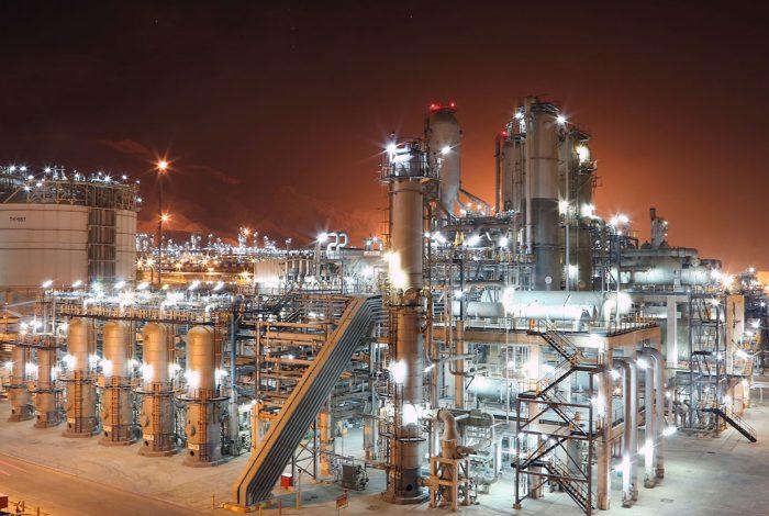 دست بالای پتروشیمی/ صنعتی که جور تحریمهای نفتی را میکشد