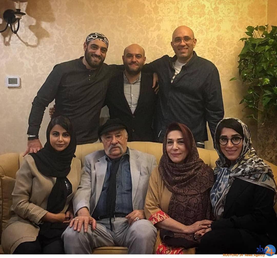 حشمت فردوس در کنار همسر و همه فرزندانش +عکس