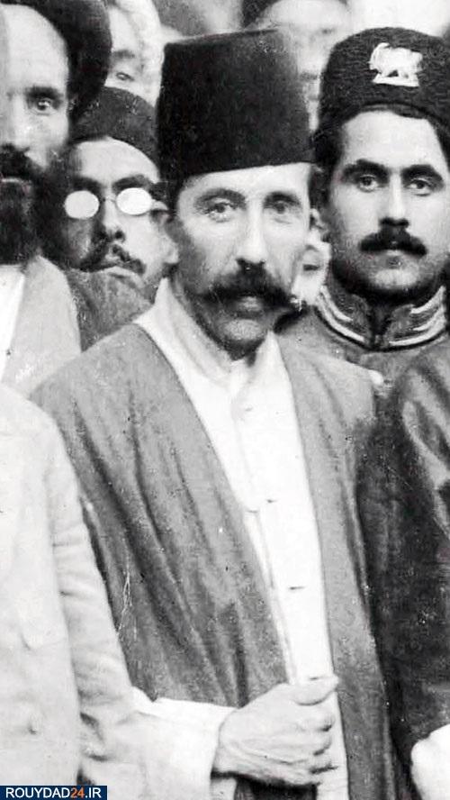 مستوفی الممالک نخست وزیر