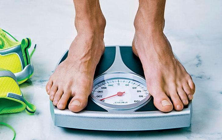 جدول وزن ایدهآل مردان و زنان بر اساس قد، جثه و سن