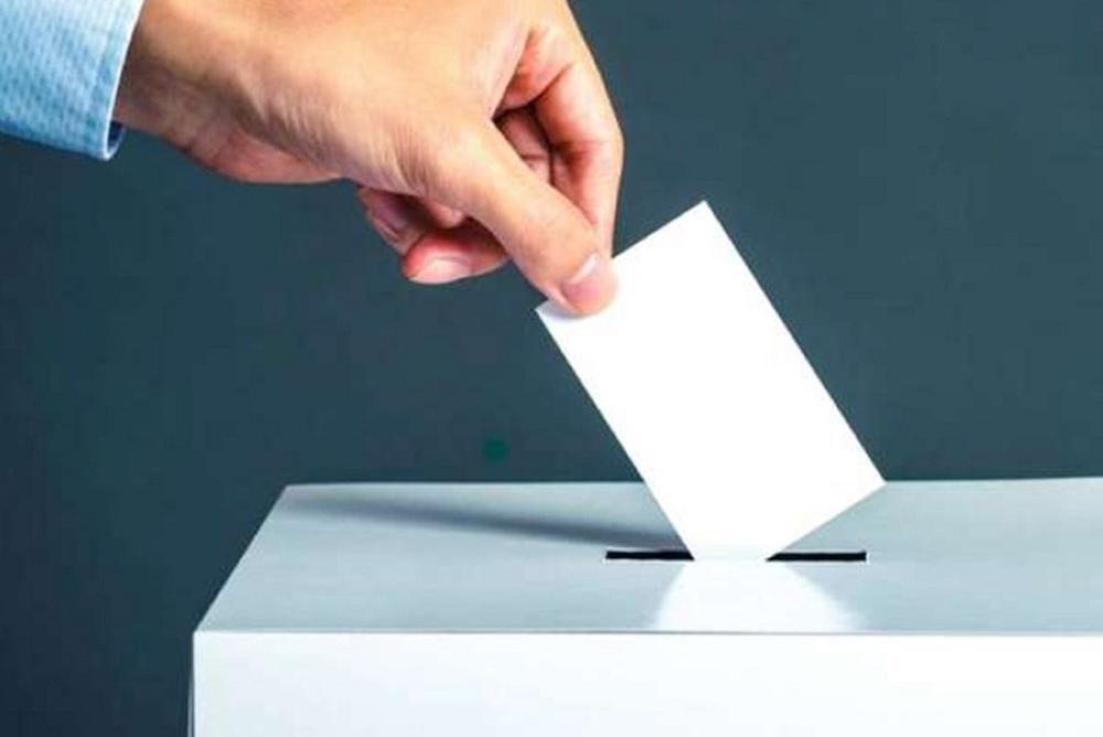 428004 352 - انتخابات ریاست جمهوری برای احزاب جدی میشود؟