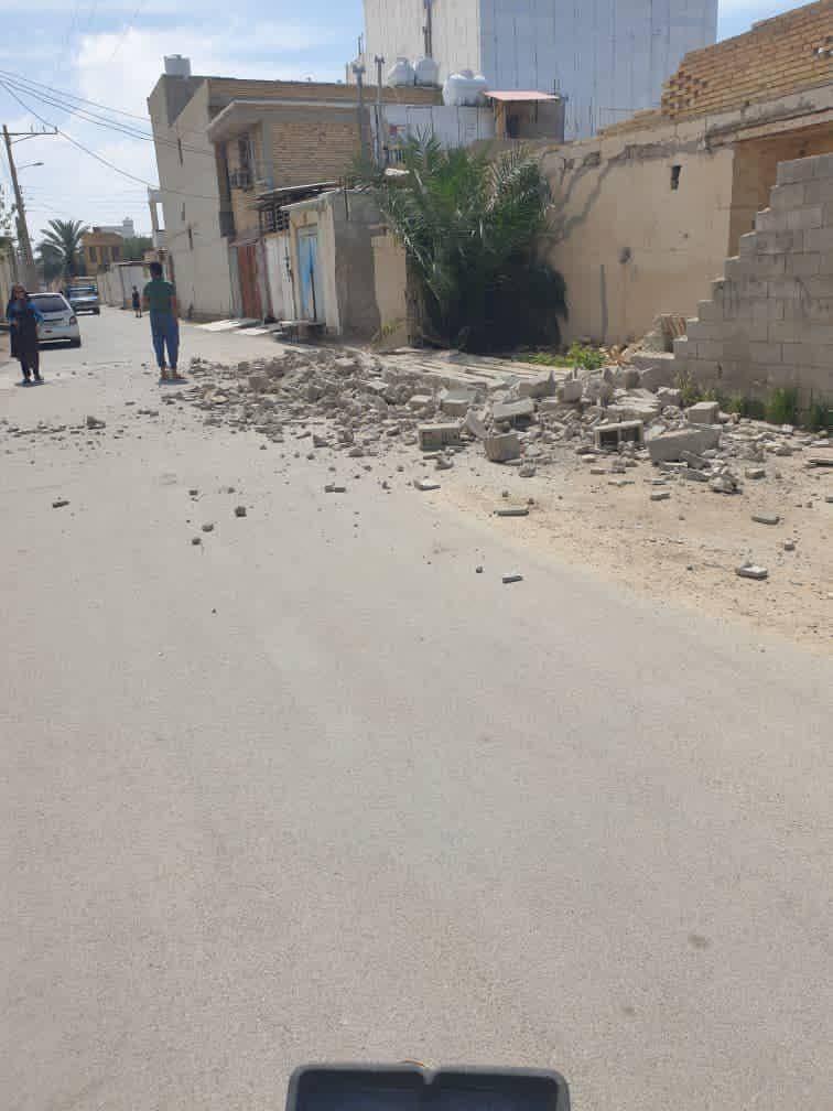 تصویری از خسارات یک روستا پس از وقوع زلزله در بوشهر