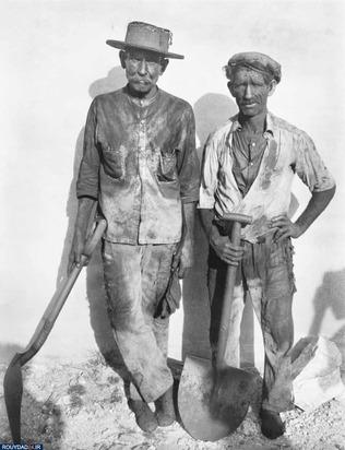 کارگران بارانداز در هاوانا، عکاس اثر واکر ایوانز