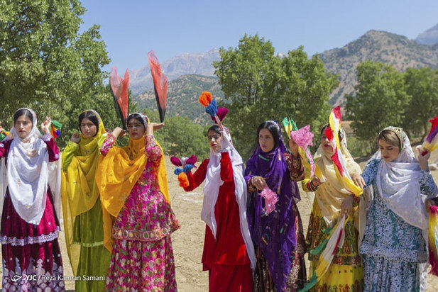 جشنواره هزار رنگ در عروسی عشایر بازفت